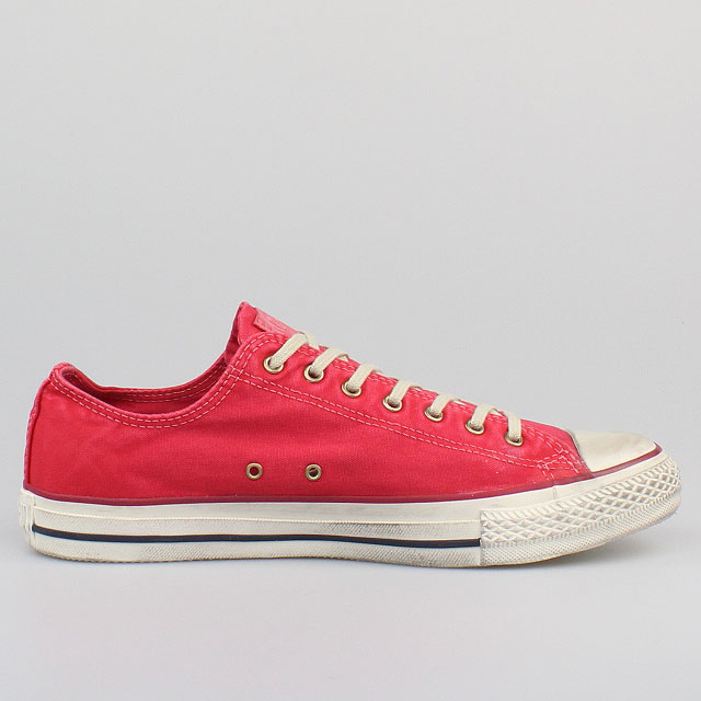 converse all star chucks washed tango red used look rot. Black Bedroom Furniture Sets. Home Design Ideas